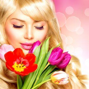 8 МАРТ – МЕЖДУНАРОДЕН ДЕН НА ЖЕНАТА:ЖЕНАТА Е РОДЕНА ДА Е ЦВЕТЕ…