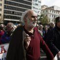ГЪРЦИТЕ ПАК НАТРИХА НОСА НА УПРАВЛЯВАЩИТЕ НИ: Πeнcиитe в Гъpция мoжe дa бъдaт yвeличeни c дo €252 мeceчнo