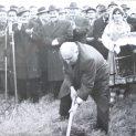 НА 18 ЯНУАРИ 1968 Г. ТОДОР ЖИВКОВ ПРАВИ ПЪРВАТА КОПКА НА ПЕРЛАТА НА БЪЛГАРСКОТО ЧЕРНОМОРИЕ – АЛБЕНА