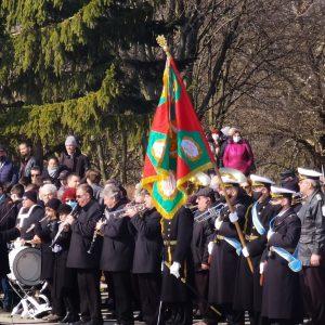 С военни почести Добрич се поклони пред героите на Освобождението