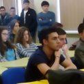 Съдът реши: стипендиите за ромски ученици с успех над 3,50 са дискриминация спрямо останалите ученици