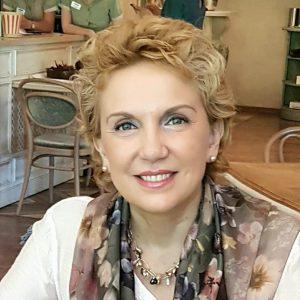 """Антония Първанова: """"Изключително много ме притеснява желанието и заявката на производителя (Pfizer) да бъде освободен от отговорност от ЕК"""""""