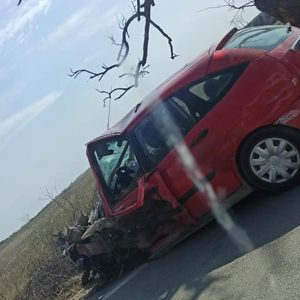 Млад мъж от Добрич е загинал при тежката катастрофа по пътя Добрич-Варна (снимки)