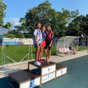 Плувци от Добрич с медали от международен турнир